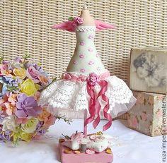 Купить Тильда Манекен в стиле шебби шик - розовый, тильда, манекен, манекен для украшений, шебби