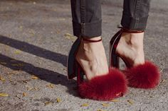 cape heel, furry #wang
