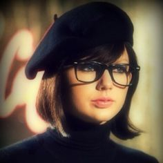 Beatnik Taylor Swift--I wore a beret like this to French school every day for 9 years!  :)  DD