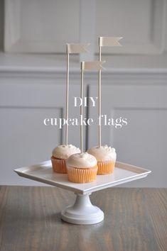 Super simple DIY cupcake flags