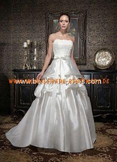 Maßgeschneiderte Brautkleider elegant aus Satin mit Schleppe