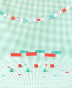 Pop Up Flag Place Cards DIY | Oh Happy Day!