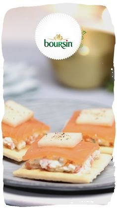 Find all the best Christmas recipes here, featuring deliciously soft, creamy and crumbly Boursin cheese. Christmas Food List, Christmas Nibbles, Best Christmas Recipes, Christmas Lunch, Xmas Food, Christmas Desserts, Christmas Decorations, Christmas Tree, Snack Recipes