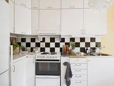 petite cuisine blanche rangements