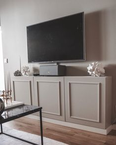 Living Room Interior, Living Room Decor, Interior And Exterior, Ikea, Bedroom, Furnitures, Nightstand, Diy, House
