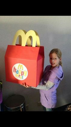 Mcdonalds Toys, Toy Chest, Art Projects, Scouting, Cool Stuff, Happy, Gifts, Diy, Random