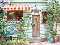 Hattifnatt Cafe, Tokyo Japan