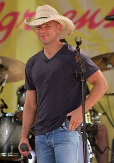 5535_511590921269_73801435_30488658_3179063_n | Amber Rhodes | Flickr Kenny Chesney Videos, Kenny Chesney Come Over, Kenny Chesney Concert, Country Music Quotes, Country Music Artists, Country Music Stars, Brad Paisley Quotes, Kenney Chesney, Cute Country Boys
