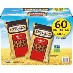 Snyder's of Hanover 100 Calorie Mini Pretzels give you that delicious crunch for a perfectly sized snack - only 100 calories per snack pack but full of flavor! Our Mini Pretzels offer all the naturally delicious flavor of traditional pretzels in a crunchy, bite-size snack. Packaged as individual packs of pretzels, these mini pretzels are the perfect lunch snack, school snack (made in a facility that does not process peanuts), or on-the-go snack. Stock up your office or pantry with this value pac Lunch Snacks, School Snacks, Easy Snacks, Yummy Snacks, Cereal Recipes, Snack Recipes, Pretzel Brands, Snyder's Of Hanover, Bite Size Snacks