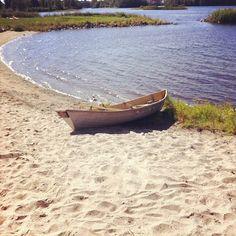 Boat on a beach in Finland, Oulu, (at Kiikelinpuisto)