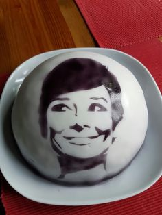 Audrey Hepburn. Ich hoffe, man kann es erkennen 😊