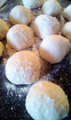 ΜΑΓΕΙΡΙΚΗ ΚΑΙ ΣΥΝΤΑΓΕΣ 2: Τυρόψωμα !!!! Hamburger, Bread, Breakfast, Food, Bakken, Morning Coffee, Brot, Essen, Baking