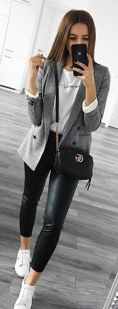 #spring #outfits gray blazer. Pic by @streetstyles_world