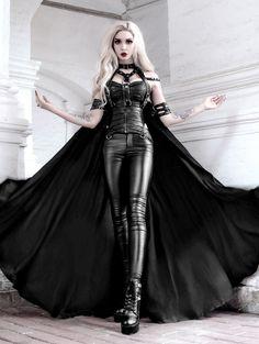 Dark Fashion, Gothic Fashion, Vampire Fashion, Modern Vampires, Hot Goth Girls, Gothic Looks, Leder Outfits, Girl Outfits, Fashion Outfits