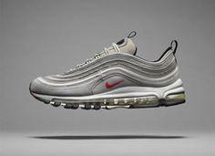 """Der Nike Air Max 97La Silver kehrt am 14.12 zurück in die Läden. Nach seiner Einführung im Jahre 1997 erfreute sich der Schuh inbesondere in Italien großer Beliebtheit. Der Schuhe wurde nur """"La Silver"""" genannt und war ein absolutes Statement. Von der Clubkultur über die Graffiti-Szene auf den Laufsteg und darüber hinaus war und ist…"""