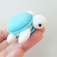 After I saw macaronified her Melli, I knew I had to macaronify my turtles!💖 polymerClay polymer clay Sculpey, Premo, Fimo is part of Cute desserts - Cute Polymer Clay, Cute Clay, Polymer Clay Crafts, Polymer Clay Turtle, Polymer Clay Figures, Polymer Clay Creations, Macarons, Cute Food, Yummy Food