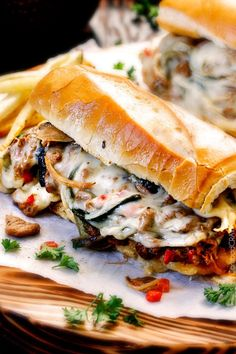 these crazy tender, flavorful Philly Cheesesteak Sandwiches are the BEST EVER! The incredible marinated steak and spiced mayo set these worlds above other recipes I've tried. You seriously haven't tried Philly Cheesesteak Sandwiches until you try these - Homemade Philly Cheesesteak, Cheesesteak Recipe, Soup And Sandwich, Sandwich Recipes, Sandwich Bar, Sandwich Ideas, Grilled Sandwich, Crockpot Recipes, Cooking Recipes