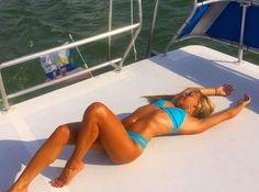 Η Sara Cardona είναι η νέα λατρεία του διαδικτύου - http://www.daily-news.gr/lifestyle/i-sara-cardona-ine-i-nea-latria-tou-diadiktiou/