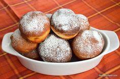 Gogosi berlineze pufoase - reteta germana de Berliner Krapfen | Savori Urbane Romanian Desserts, Dough Recipe, No Bake Cake, Finger Foods, Baking Recipes, Recipies, Deserts, Bread, Sweet