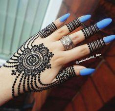 Mehndi is something that every girl want. Arabic mehndi design is another beautiful mehndi design. We will show Arabic Mehndi Designs. Simple Arabic Mehndi Designs, Mehndi Designs 2018, Mehndi Designs For Girls, Mehndi Designs For Beginners, Modern Mehndi Designs, Mehndi Design Pictures, Mehndi Designs For Fingers, Beautiful Henna Designs, Henna Tattoo Designs