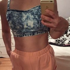 NWT Small urban outfitters crop top  Urban Outfitters Tops Crop Tops
