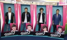 The boys in life size boxes to look like their dolls today at the launch Collector Dolls, Product Launch, January, 21st, Boys, Life, Senior Boys, Sons, Guys