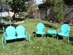 Retro Vintage Porch Lawn Metal Shell Chair all I need now is the table. Vintage Outdoor Furniture, Vintage Patio, Lawn Furniture, Vintage Chairs, Retro Furniture, Retro Vintage, Vintage Stuff, Vintage Kitchen, Metal Patio Chairs