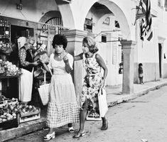 Αφιέρωμα: Τα νησιά του ελληνικού κινηματογράφου (Μέρος 9) – Η Κέρκυρα στο «Η Κόμισσα της Κέρκυρας» του Αλέκου Σακελλάριου Corfu Greece, Greek Culture, Cinema, Actors, Black And White, Couple Photos, Movies, Mood, Vintage