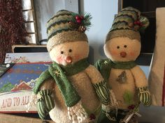 """18"""" Standing Snowman set! This cute duo will make any holiday decor complete!   Shop this product here: http://spreesy.com/neseteggprimitives/25   Shop all of our products at http://spreesy.com/neseteggprimitives      Pinterest selling powered by Spreesy.com"""