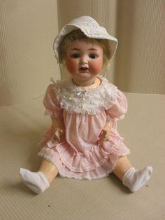 Antike-Porzellankopfpuppe-Heubach-Koeppelsdorf-342-9-antique-porcelain-head-doll