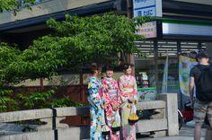 Kimono girls