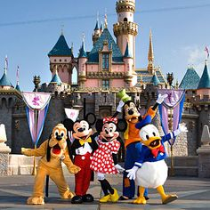Okay, y'all. I have a confession: I LOVE DISNEY. Like, more than the  average Disney fan. Maybe a lot more. I'm coming out with this confession  because when I realized that I leave for Disneyland in 27 days with my  sister and her family, I just couldn't contain my excitement and write a  post about editing. It just wasn't happening today, guys. (#sorrynotsorry)  So, let's chat about this trip. It's not 100% planned out so I'm open to  suggestions and ideas you guys might have.   We'll be…