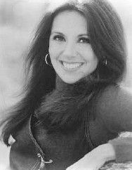 Marlo Thomas only can Rip this style offa