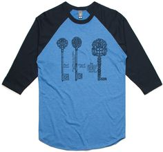 theIndie Fancy Ornate Iron Key (Black) 3/4-Sleeve Raglan Baseball T-Shirt
