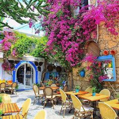 Second Greece - Alacati, Turkey. Outdoor Cafe, Outdoor Decor, Turkey Photos, World Photography, Summer Pictures, Mediterranean Style, Cafe Design, Beautiful Places To Visit, Summer Colors