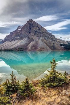 Incredibly Sublime Places to Travel to this Winter Bow Lake, Banff National Park, Alberta - Canada