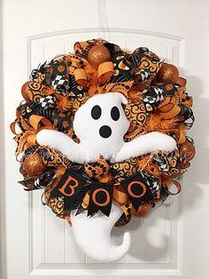 Halloween Wreath, Front Door Wreath, Welcome Wreath, Ghost Wreath, Halloween Boo Wreath, Halloween Decor, Halloween Decoration, Boo Ghost by CharmingBarnBoutique on Etsy