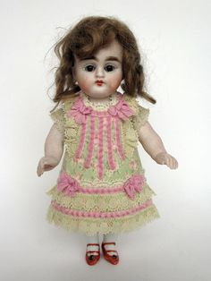 Tiny+Dress+for+Antique+French+or+German+Doll+
