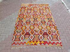 Vinatge Carpet Kilim Rug From Turkey Hand Made Wool  67 '' X 101 ''