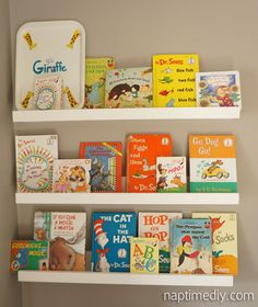 Book organizer for baby and toddler rooms