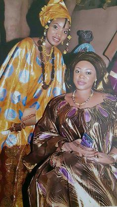 Malian Fashion bazin #Malifashion #bazin African Outfits, African Clothes, African Fashion, Ankara Jumpsuit, Ankara Skirt, Aso Ebi Dresses, Africa Dress, Beautiful Goddess, African Fabric