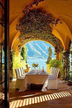 Villa la Casinella, Lake Como. Designer Details: Giambattista Valli Wedding Inspiration   RILEY AND GREY http://blog.rileygrey.com/?p=963