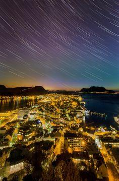 Stars above Ålesund by Iwan Groot on 500px