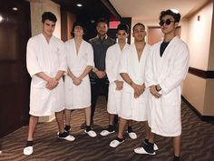 Read los amo😍😍😍😍 from the story CNCO fotos💞 by LucaPatrn (❤Cncowner❤Criaturita ❤) with 93 reads. Am I In Love, Five Guys, Ricky Martin, Latin Music, Magcon, Baby Daddy, Celebrity Crush, Pretty Boys, Foto E Video