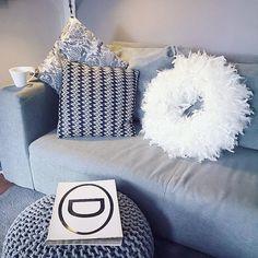 Bei dem Wetter einfach mal ab auf die Couch... . . .  #homedeko#homedekor#homedetails#interiordekor#styling#interior#interiordesign#interiorinspo#interior2you#instagood#interior123#passion4interior#inspoweekend#whiteinterior#roomdesign#germanblogger#wohnkonfetti#interior_and_living#roomforinspo#homeadore#interiorandhome#interior4all#charminghomes#interiorideas#lovelyinterior#homeideas#roomdesgin#houseandhome