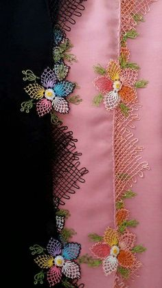 This Pin was discovered by HUZ Needle Lace, Needle And Thread, Floral Tie, Tatting, Knots, Needlework, Diy And Crafts, Hand Embroidery, Ornaments
