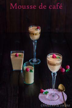 Mousse de café para el Reto Tía Alia. Olivas en la cocina Kitchenaid, Fondant, Cupcakes, Martini, Tableware, Glass, Home Parties, Traditional Kitchen, Dessert Recipes