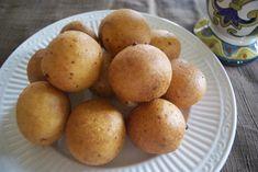 Colombian Bunuelos. Yummy!