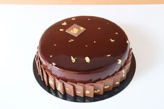 Entremets chocolat 9 mai 2019 9 Mai, Arabian Food, Cakes And More, Flan, Punch, Mini, Syrup, Mousse Cake, Pudding