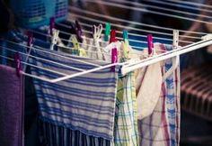 14 nyomáspont, amivel megszabadulhatsz a testedet kínzó fájdalmaktól | Kuffer Clothes Line, Washing Clothes, Slatted Shelves, Metal Dining Chairs, Dryer, Clothes Hanger, Shabby Chic, Indoor, Turning